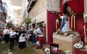 Cuatro altares acompañaron a la procesión del Corpus
