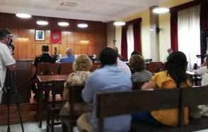 Fiscalía rebaja su petición de pena contra el acusado de intentar matar a su mujer