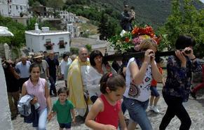 Bubión celebra a lo grande sus fiestas de San Antonio de Padua, rescatadas del olvido hace un año