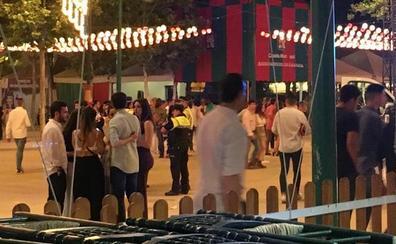 El vigilante herido en feria del Corpus de Granada continúa grave en la UCI