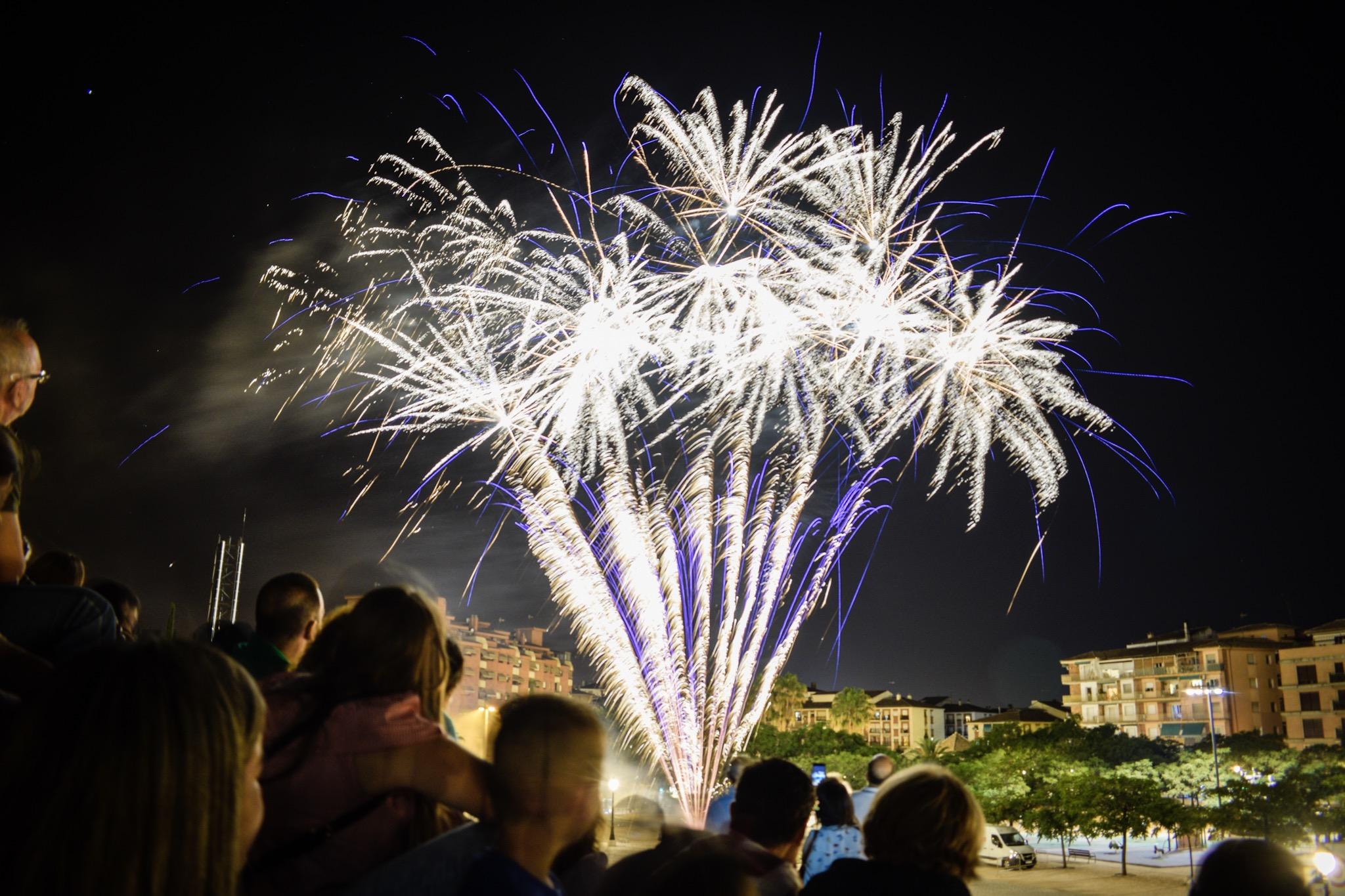 Fuegos artificiales para despedir el Corpus de Granada
