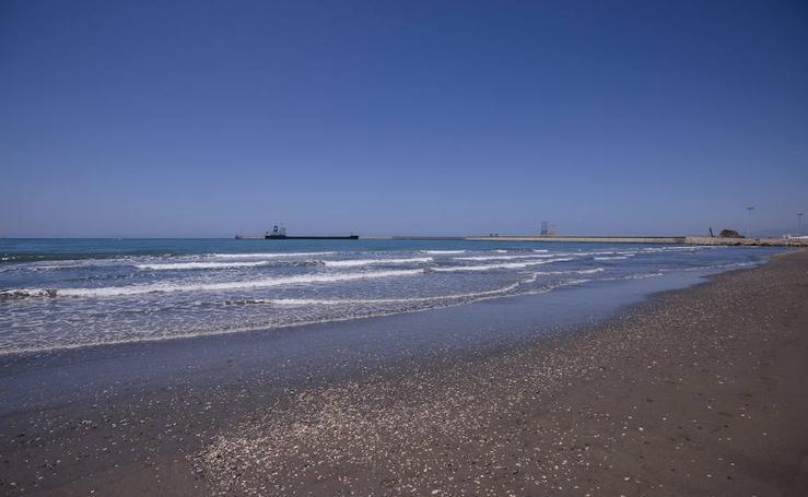 La playa de las Azucenas, analizada en un estudio sobre microplásticos