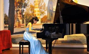 Erika Murakami en un concierto de piano único