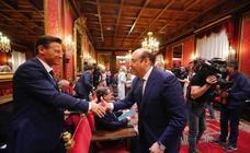 Decenas de expedientes municipales se retrasan a la espera de que se forme gobierno en Granada