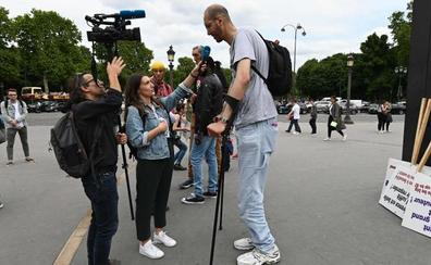 El mal de altura del gigante de Europa de 2,46 metros