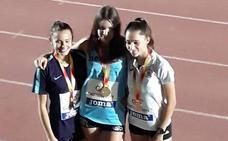 La atleta Una Stancev, campeona de España sub 18 en salto de altura