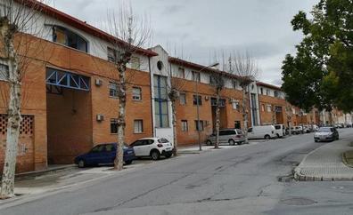 La Junta resucita una 'renovada' vivienda protegida y aspira a promover 5.000 al año