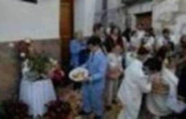 El Corpus Christi muestra toda su belleza y religiosidad en el municipio alpujarreño de Órgiva