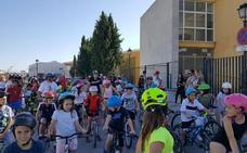 Cúllar Vega fomenta que los escolares utilicen la bicicleta para ir al colegio