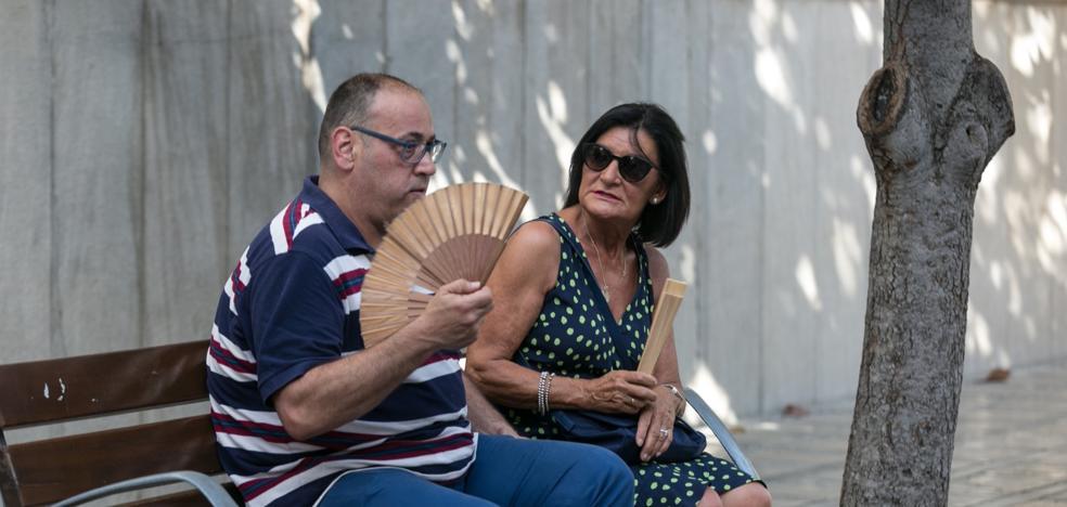 Los termómetros de Granada alcanzan los 40 grados
