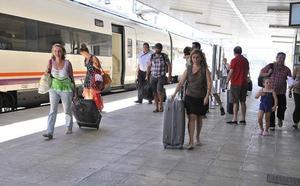 El AVE a Granada elimina otra conexión ferroviaria en Jaén y provoca indignación
