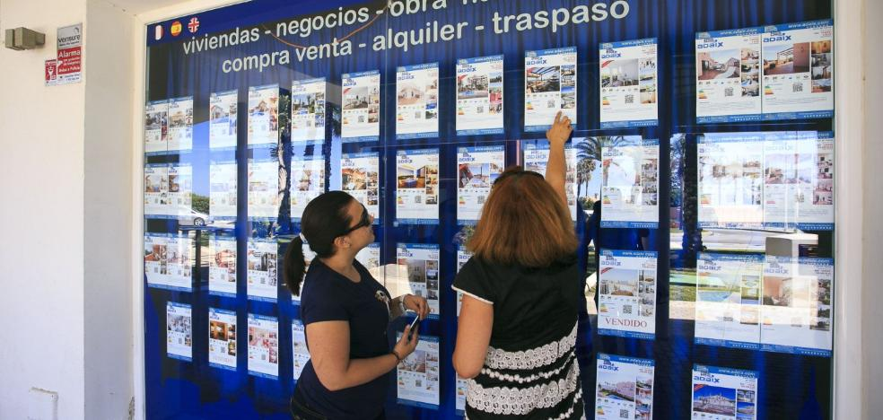 Granada tiene la zona de costa más barata para alquilar de Andalucía