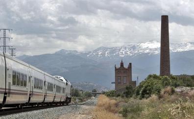 El cambiador de ancho del tren en Granada, adjudicado hace tres meses pero aún sin obras