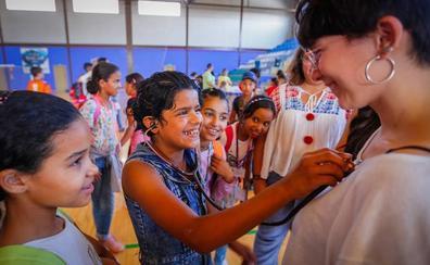 Llegan a Granada los niños saharauis del programa 'Vacaciones en Paz'
