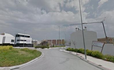 Ingresa en la UCI uno de los dos trabajadores heridos por la caída de una grúa en Jaén
