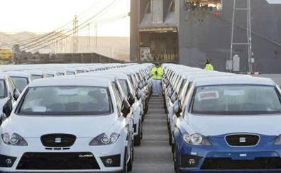 La venta de coches ahonda su caída y el sector habla ya de «crisis»