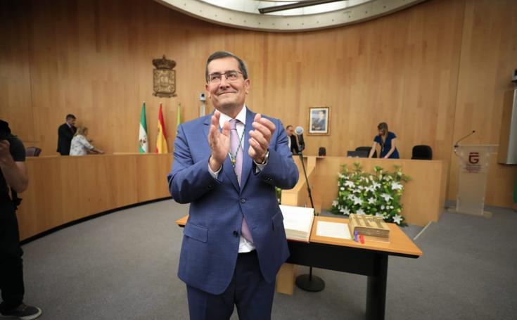 El pleno de constitución de la Diputación de Granada, en imágenes
