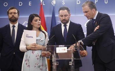 Vox insulta a Rivera en las redes en plena negociación de la investidura en Murcia