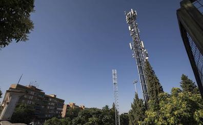 La nueva antena telefónica del estadio de la Juventud se levantó sin licencia