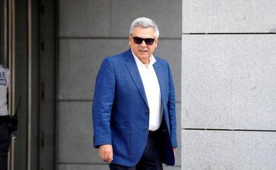 El juez del 'caso Villarejo' impone una fianza de 300.00 euros al exjefe de seguridad del BBVA
