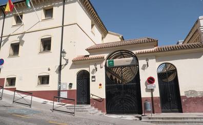 Los centros de salud de Granada cierran sus consultas de tarde por la falta de médicos en verano
