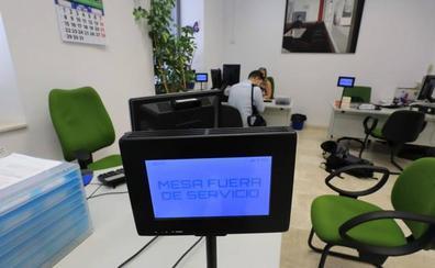 El Ayuntamiento de Granada no consigue restablecer el sistema informático y persiste la parálisis