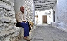 El vecino más longevo de Capilerilla sigue trabajando en el campo a sus 90 años de edad