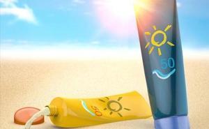 No hay peligro: Sanidad confirma que las cremas solares para niños Isdin y Babaria que la OCU pidió retirar están bien etiquetadas