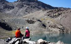 Senderos por las altas cumbres de Sierra Nevada