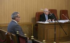 Las acusaciones mantienen los cargos contra el coronel acusado de narcotráfico