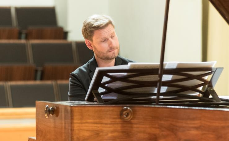 Festival de Música y Danza de Granada: El piano también tuvo prehistoria