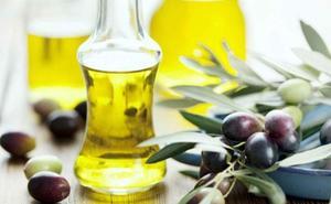El aceite de oliva virgen aumenta la esperanza de vida frente al de girasol, según un estudio de la Universidad de Granada