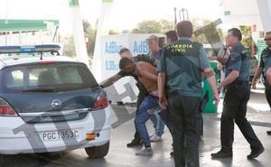 El fugado de la Guardia Civil en Granada es un atracador hiperactivo de récord