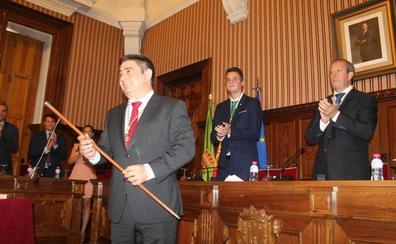 Francisco Reyes es investido como presidente de la Diputación de Jaén