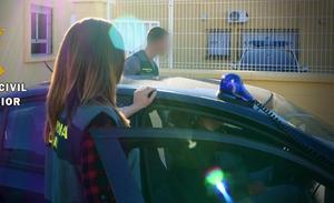 Detenido un joven en Tíjola acusado del robo de una motocicleta que era trasladada en un remolque