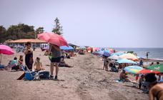 Playa Granada va recuperando la normalidad