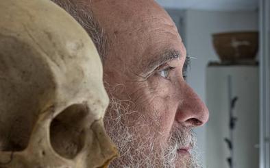 Miguel Botella: «Cuando trabajo, un narco es idéntico a un santo»