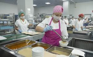 2.400 platos al día para los enfermos del hospital