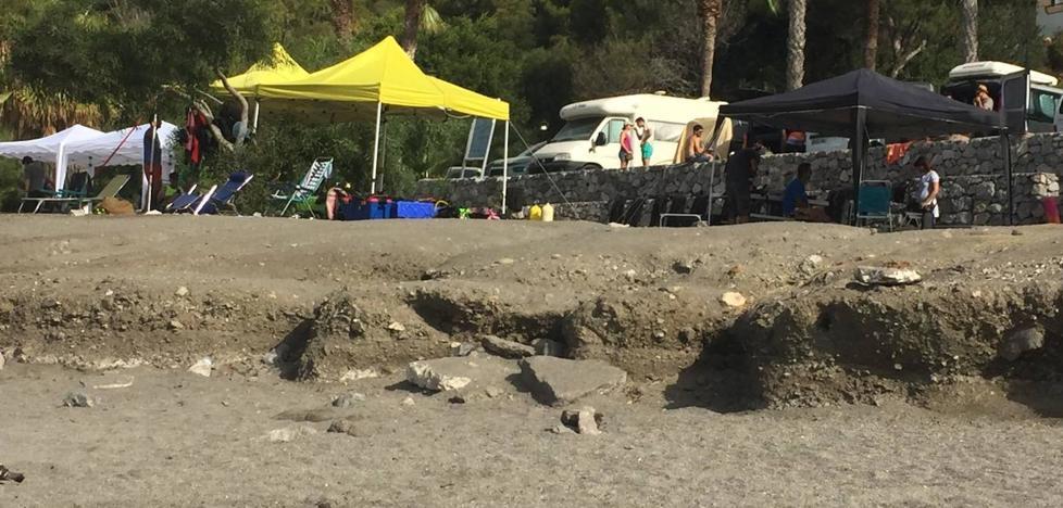 Vecinos de Marina del Este se quejan del escalón de la playa