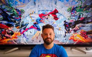 El granadino que saca los colores a Batman y Superman