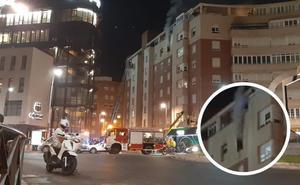 Arde una vivienda en la plaza Barcelona