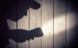 Cuatro años de cárcel para el ladrón de una mantita que se quedó dormido en un trastero