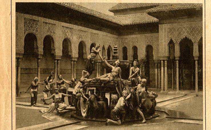 Las curiosidades de la Fuente de los Leones a lo largo de los siglos