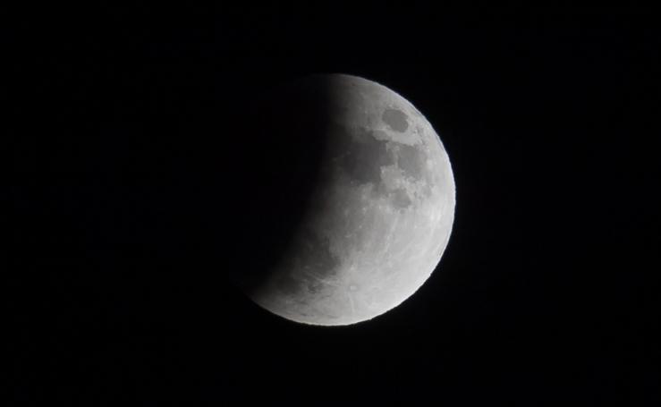 Así ha sido el eclipse lunar en Europa