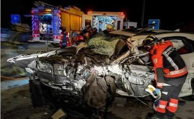 Un kamikaze circula a 200 por hora y provoca un brutal accidente con un muerto y cinco heridos