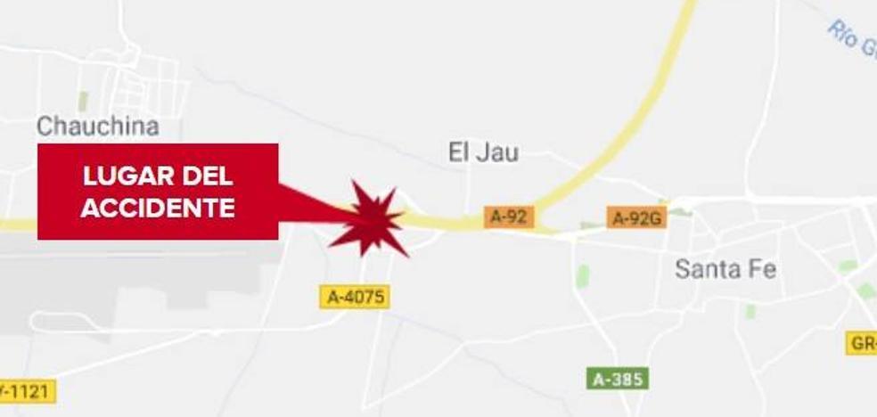 Un herido tras colisionar su coche contra la mediana en la A-92 de Granada