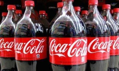Vuelve a WhatsApp el timo de la nevera de Coca Cola