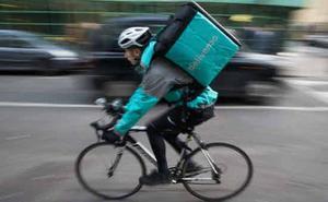 Las plataformas digitales piden fijar por ley que los riders son autónomos
