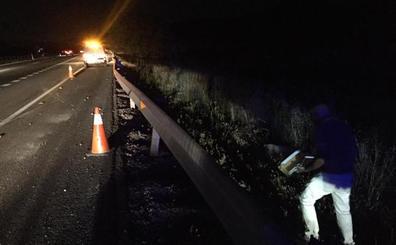 Un fallecido y dos heridos en una colisión de dos furgonetas cerca de Deifontes