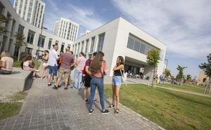 Todas las adjudicaciones y pasos a seguir para matricular o reservar plaza en la UGR